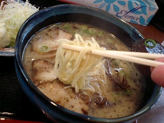 徳次郎 徳次郎らーめん 麺