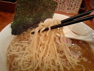 三代目玉五郎 煮干らーめん大盛 麺