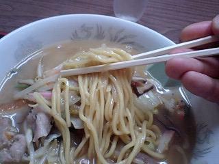 千成亭 長崎風チャンポン 麺