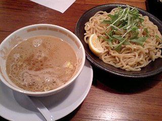 胡同製麺 つけ麺・麺中盛(300g)@大阪第3ビル