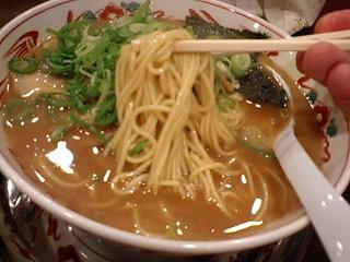 紀州和歌山らーめんあじゅち屋 中華麺(源味)大盛り 麺