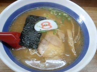 8番らーめん 中華麺@昭和町