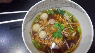 Quartier FoodHall Thai boat noodles with pork balls&pork@The EmQuartier