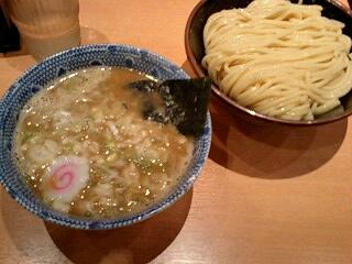 六里舎TOKYO 朝つけ麺(大盛300g)@東京ラーメンストリート
