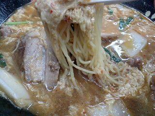 餃子の王将 スタミナラーメン 麺