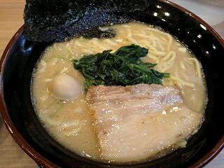 麺家 昴 とんこつ醤油らーめん@新大阪店