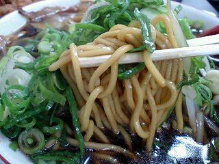 新福菜館 ラーメン並 麺