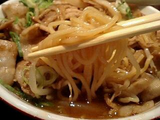 麺屋肉八 肉そば(ヘビー級) 麺