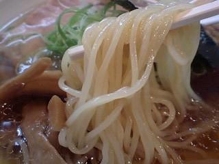 大阪麺哲 醤油 麺