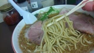 西宮なかた屋 背あぶら濃厚魚介中華(大大) 麺