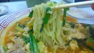 餃子の王将 辛玉ラーメン 麺