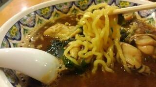 中国ラーメン揚州商人 甜面味噌かきラーメン 麺