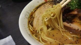 黒亭 ラーメン 麺