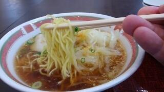淡路サービスエリア(下りフードコート) 淡路玉ねぎ醤油ラーメン 麺