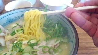 白ひげ食堂 豚汁ラーメン 麺