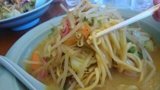 ちゃんぽんCavolo カレーちゃんぽん 麺