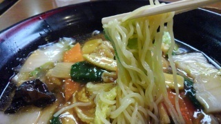 麺食館 にぎわい広東麺 麺