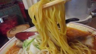 豚吉 スタミナみそラーメン 麺