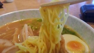 湾岸長島PA 味噌ラーメン 麺