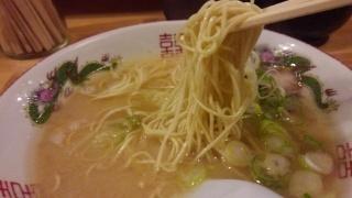 ラーメン博多玉 ラーメン 麺