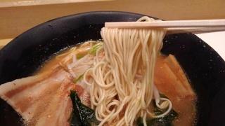 うまかラーメン みそラーメン(細麺大盛) 麺