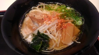 うまかラーメン しょうゆラーメン(細麺大盛)@阪神スナックパーク
