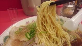 ラーメン魁力屋 特製醤油ラーメン(大盛) 麺