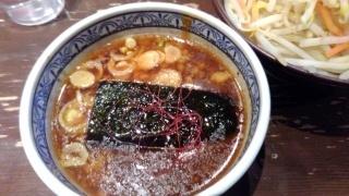 三田製麺所 濃厚魚介味噌つけ麺 つけダレ