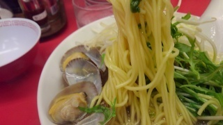 魁力屋 あさりラーメン 麺