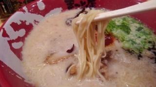 ラーメンまこと屋 牛じゃんラーメン 麺