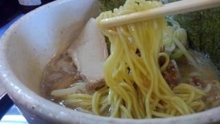 らーめん夢屋台 夢らーめん(煮卵抜き) 麺