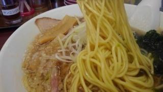 ラーメン魁力屋 あご煮干し醤油ラーメン 麺